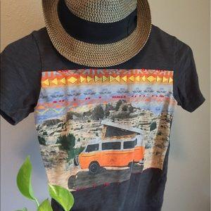 Gap kids s(6/7) vintage embroidered t-shirt🌵